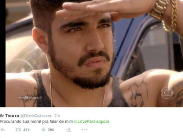 Bandido gato! Caio Castro vira meme nas redes sociais na est