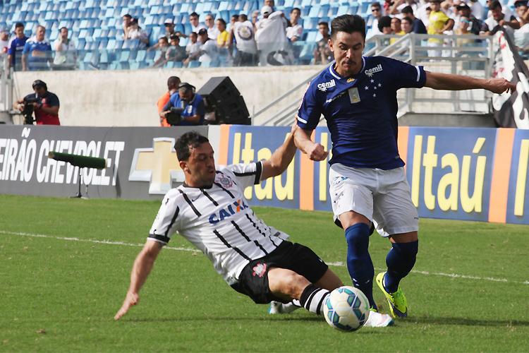 Cruzeiro e Corinthians caminhavam para um empate em Cuiabá