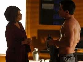 """Em """"Babilônia"""", Diogo ameaçará Beatriz com uma faca: """"Você m"""