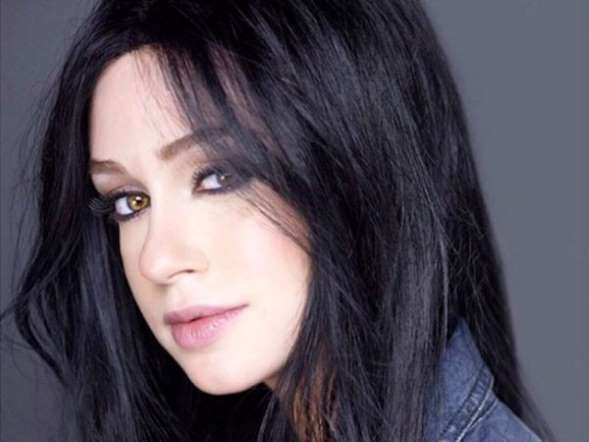 Marina Ruy Barbosa é chamada de antiprofissional na Globo po