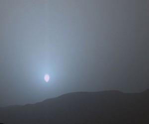 Imagem da Nasa revela que pôr do Sol em Marte é azul