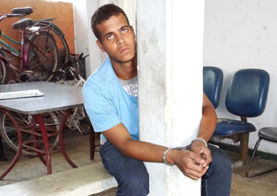 Alarme impede roubo e ladrão vai pra cadeia em Itaóca